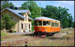Rälsbuss vid Jenny station utanför Västervik
