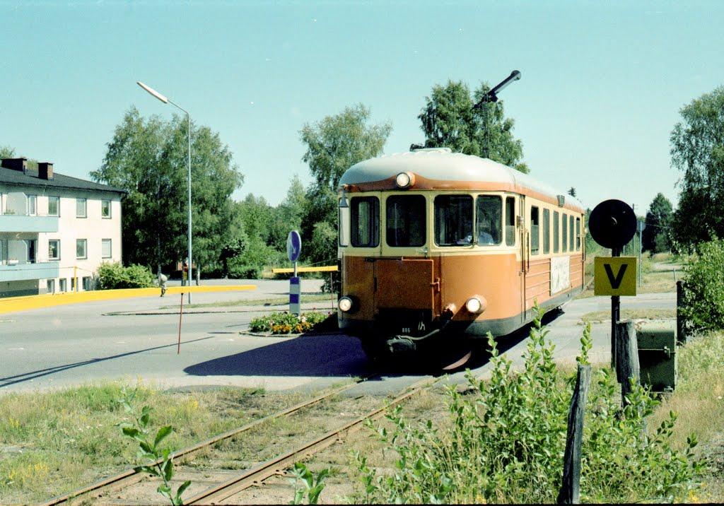 Infart österifrån, järnvägsgatan