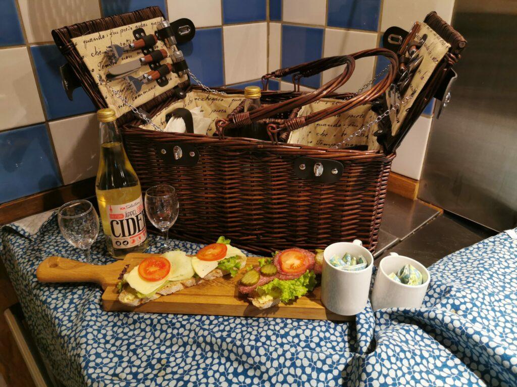 Picknickkorg från Bageri Björkaholm